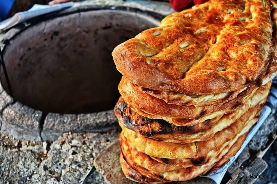 Азербайджанский хлеб.