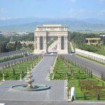 Триумфальная арка и новый парк в Гяндже